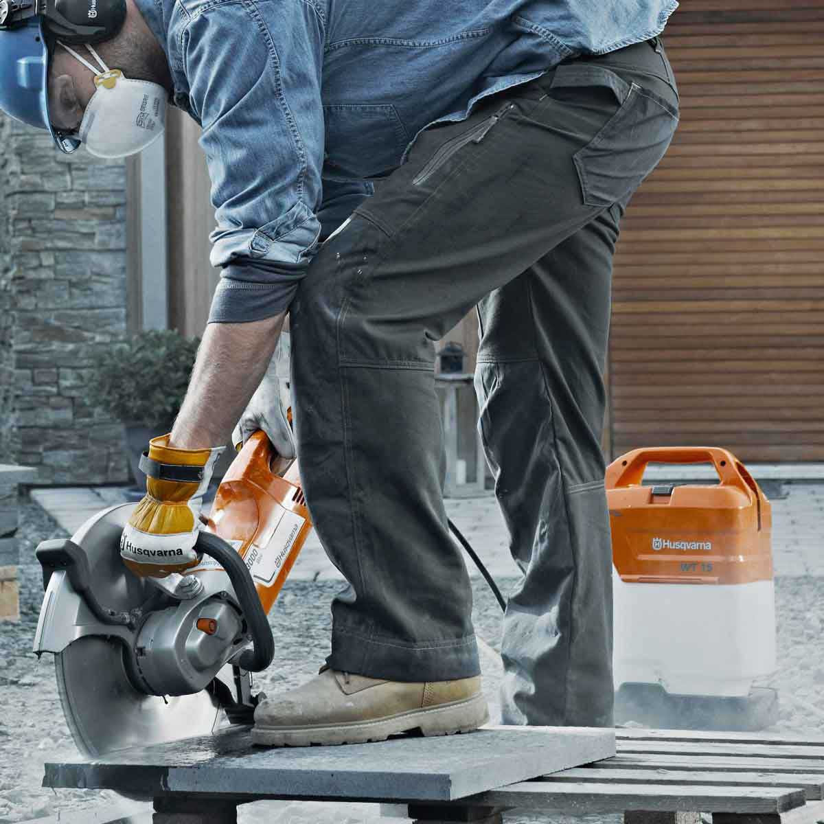 Husqvarna K3000 Wet saw cutting