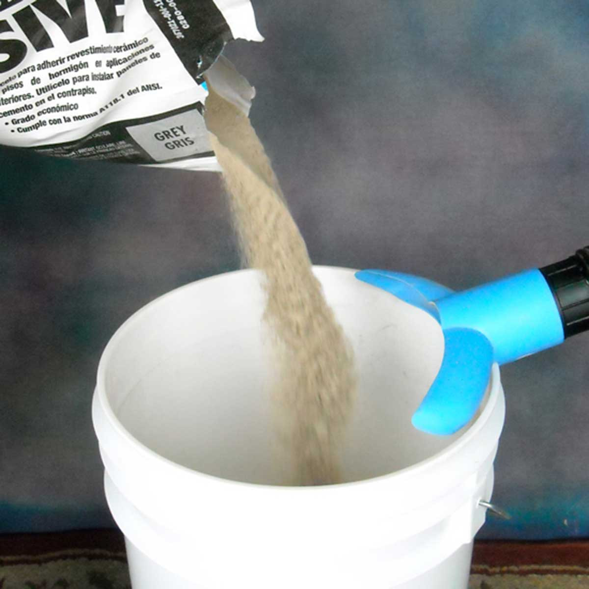 Pouring thinset with wale tale dust collection 2