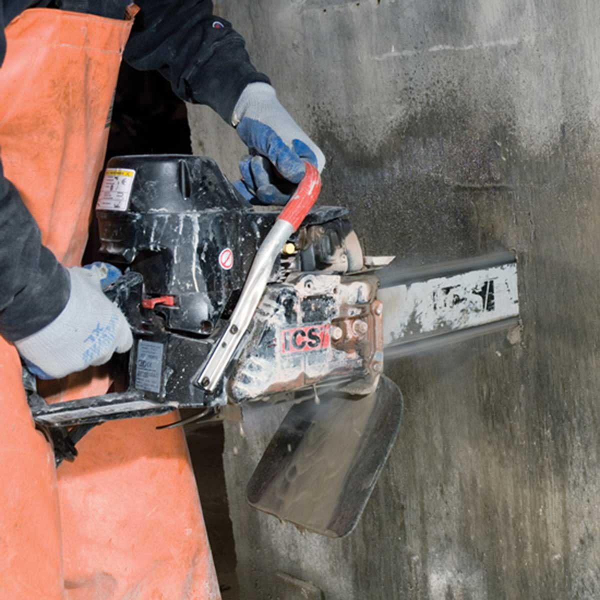 ICS 680ES Concrete wall cut