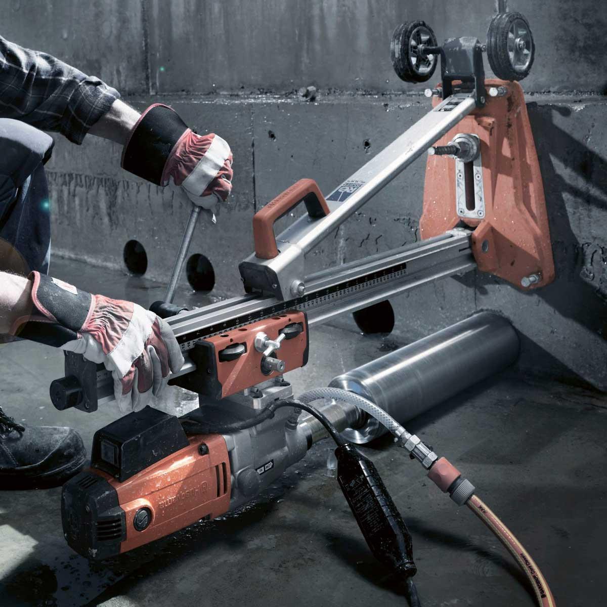 Husqvarna DMS 240 wall drilling