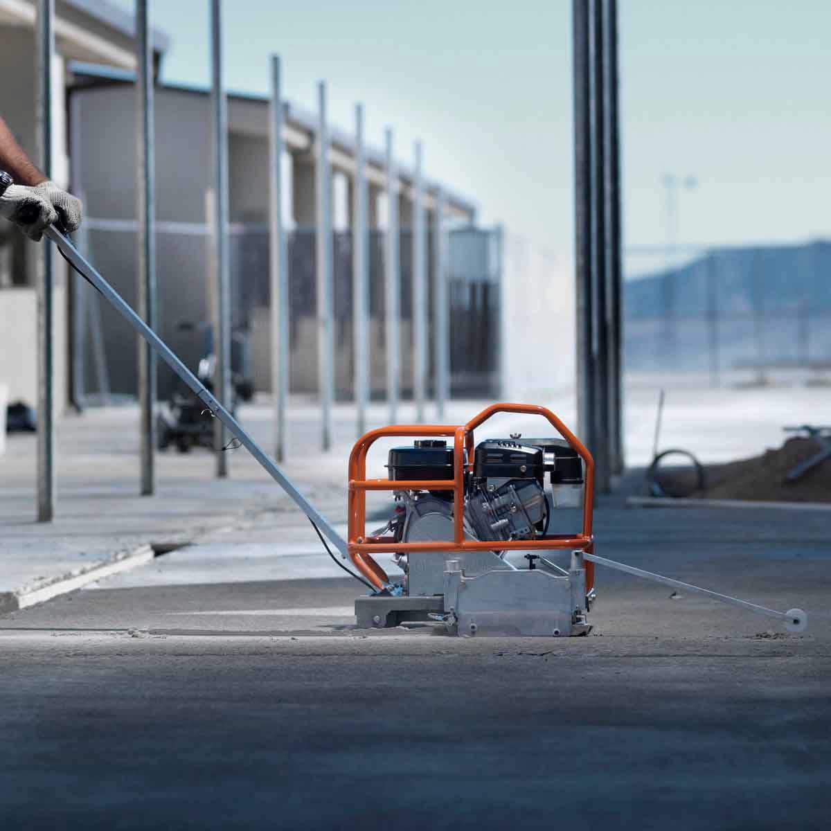 Soff-Cut 150 Green concrete saw