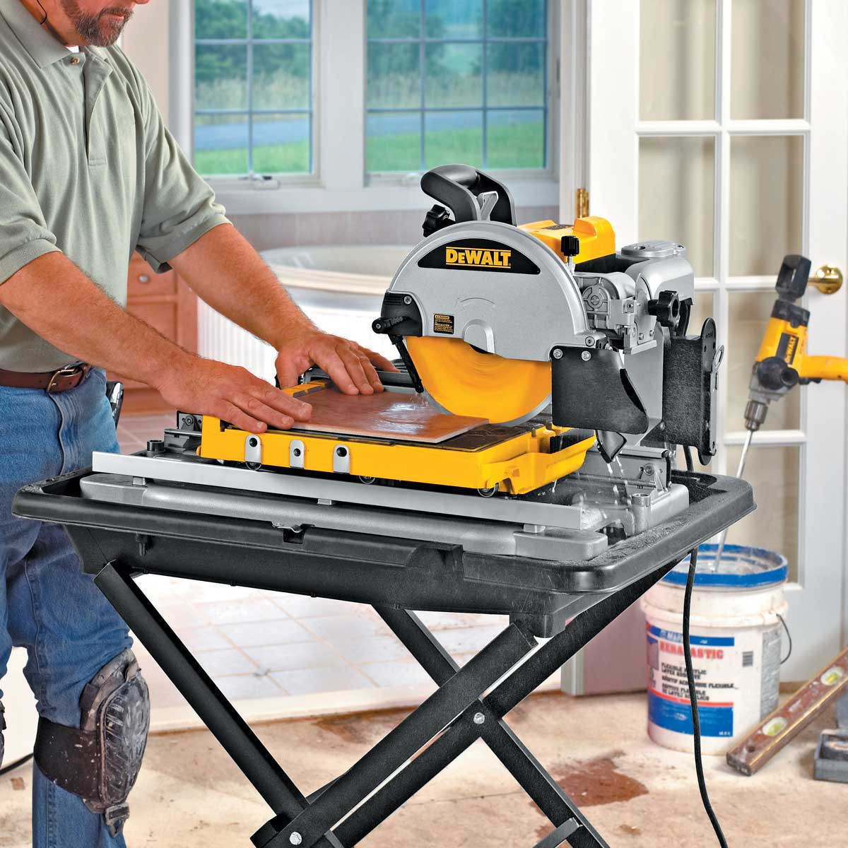 Dewalt D24000 wet cutting indoors