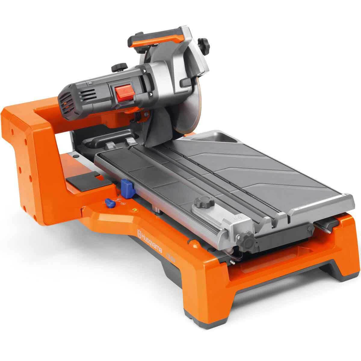Husqvarna TS60 tile saw with plunge cut capability