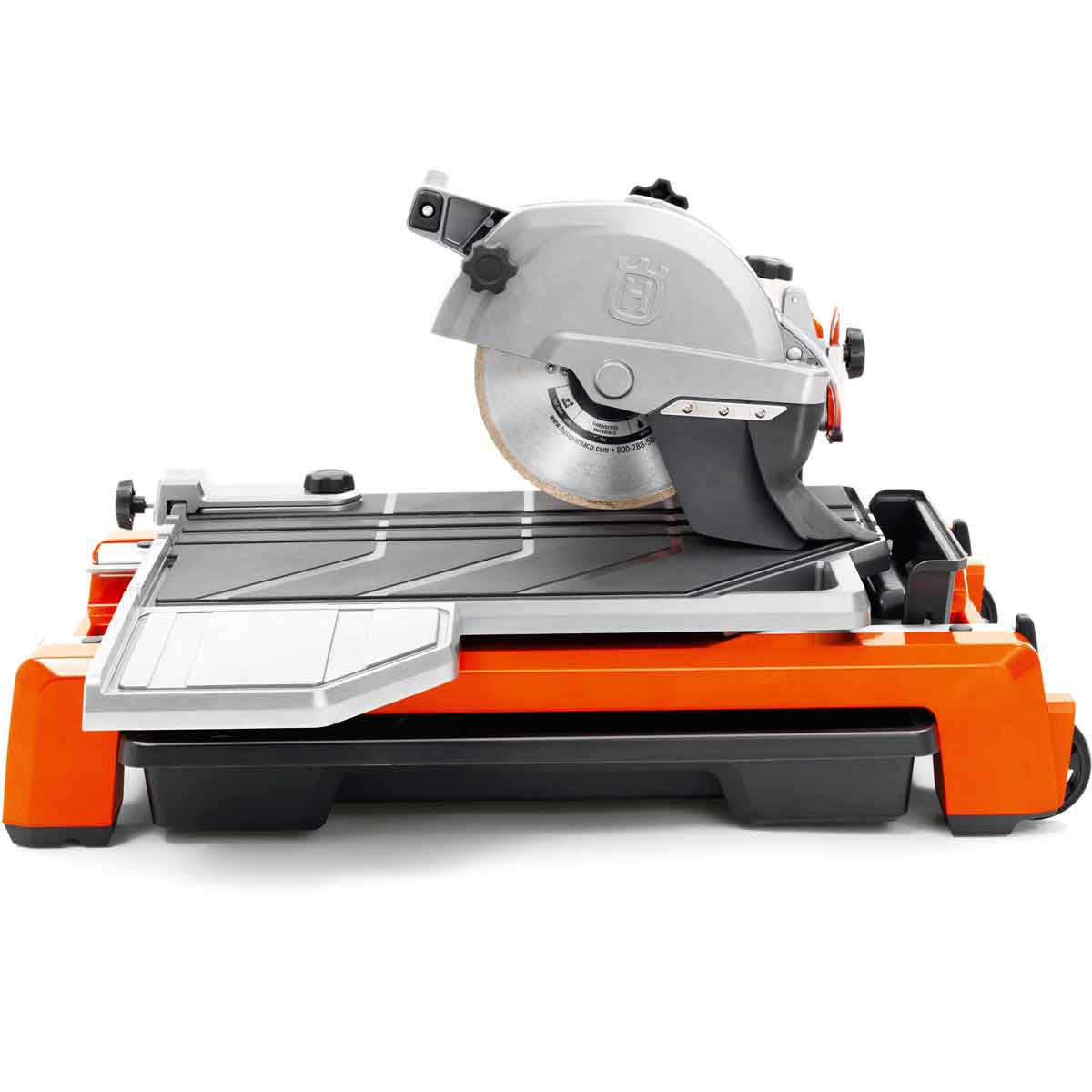 Husqvarna TS60 saw with extension table for large tile