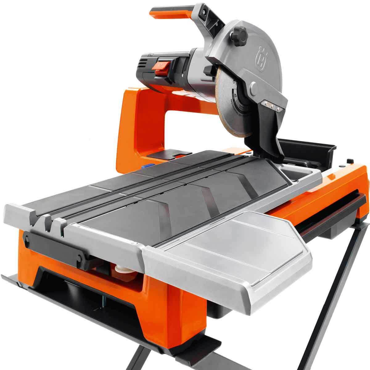 Husqvarna tile saw with glass diamond blade