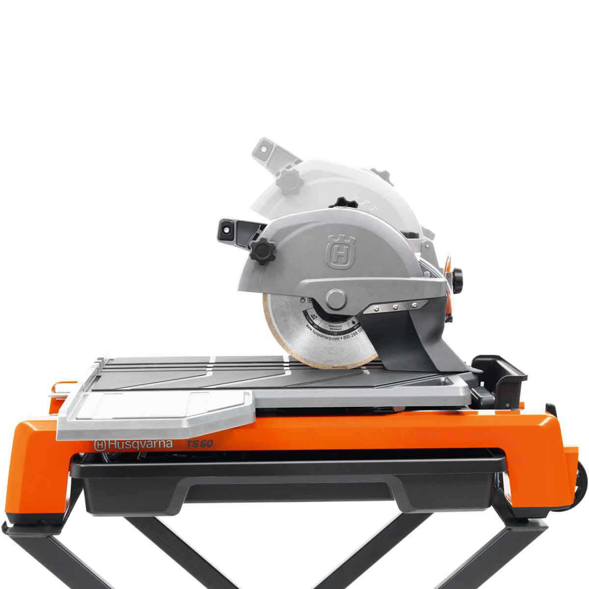 Husqvarna TS 60 tile saw with plunge capability