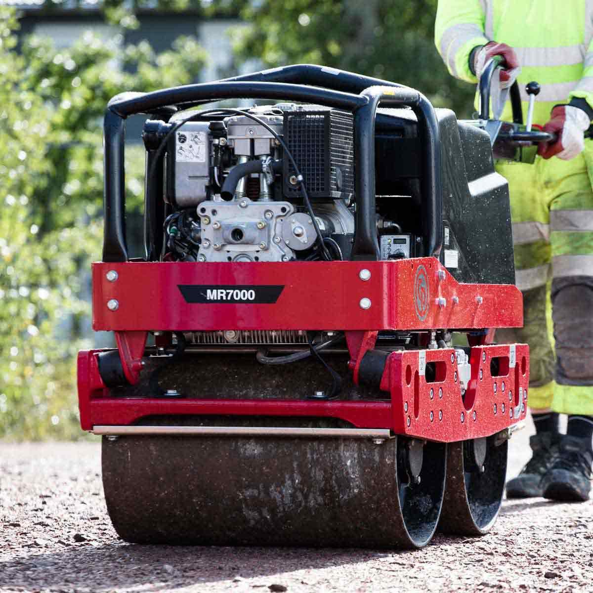 CP Diesel roller MR7000 front