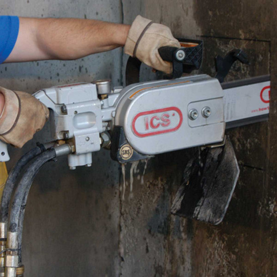 Cutting Concrete Slab with ICS 814PRO Chain Saw