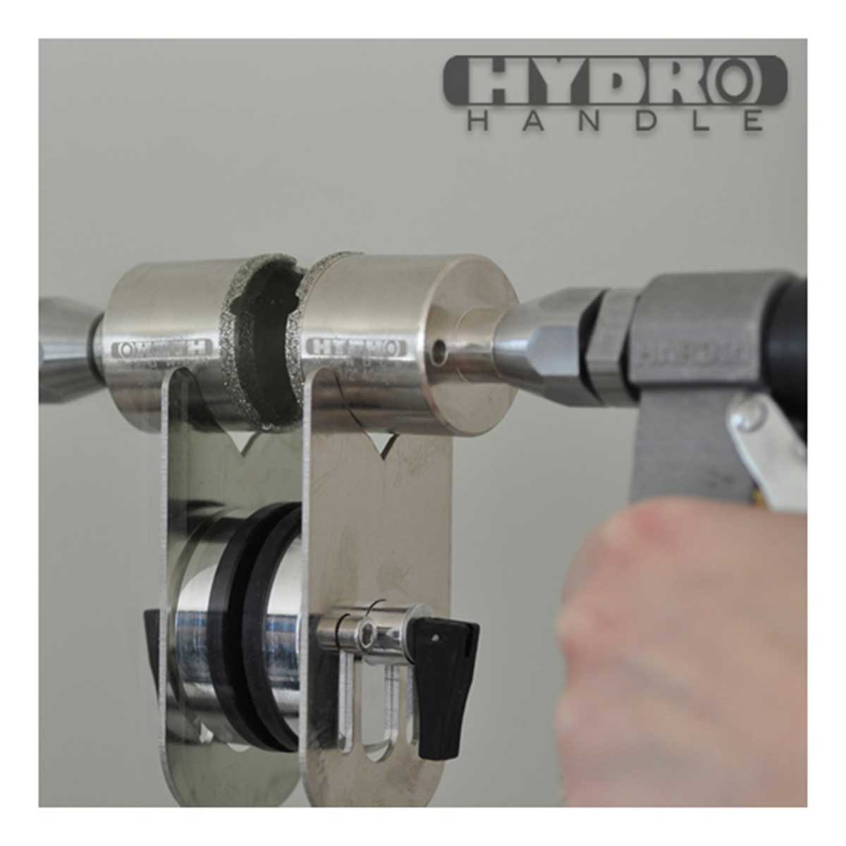hydro handle drill bit with guide