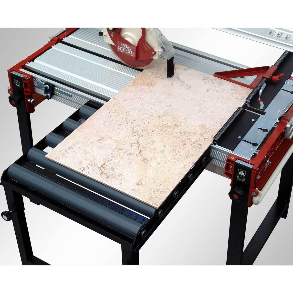 Raimondi rail saw with rolling extension table