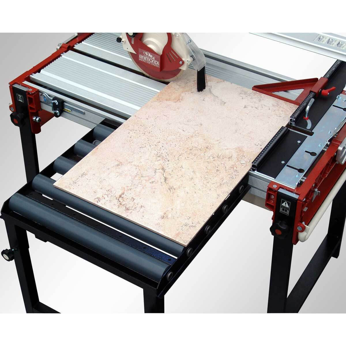 Raimondi rail saw with rolling extension table