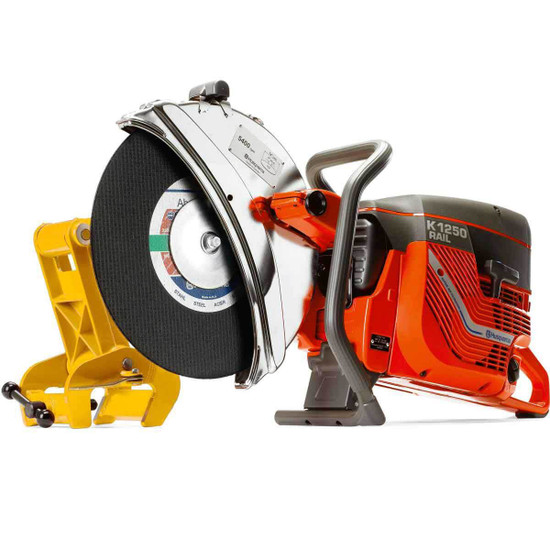Husqvarna K1260 Rail Saw metal cut