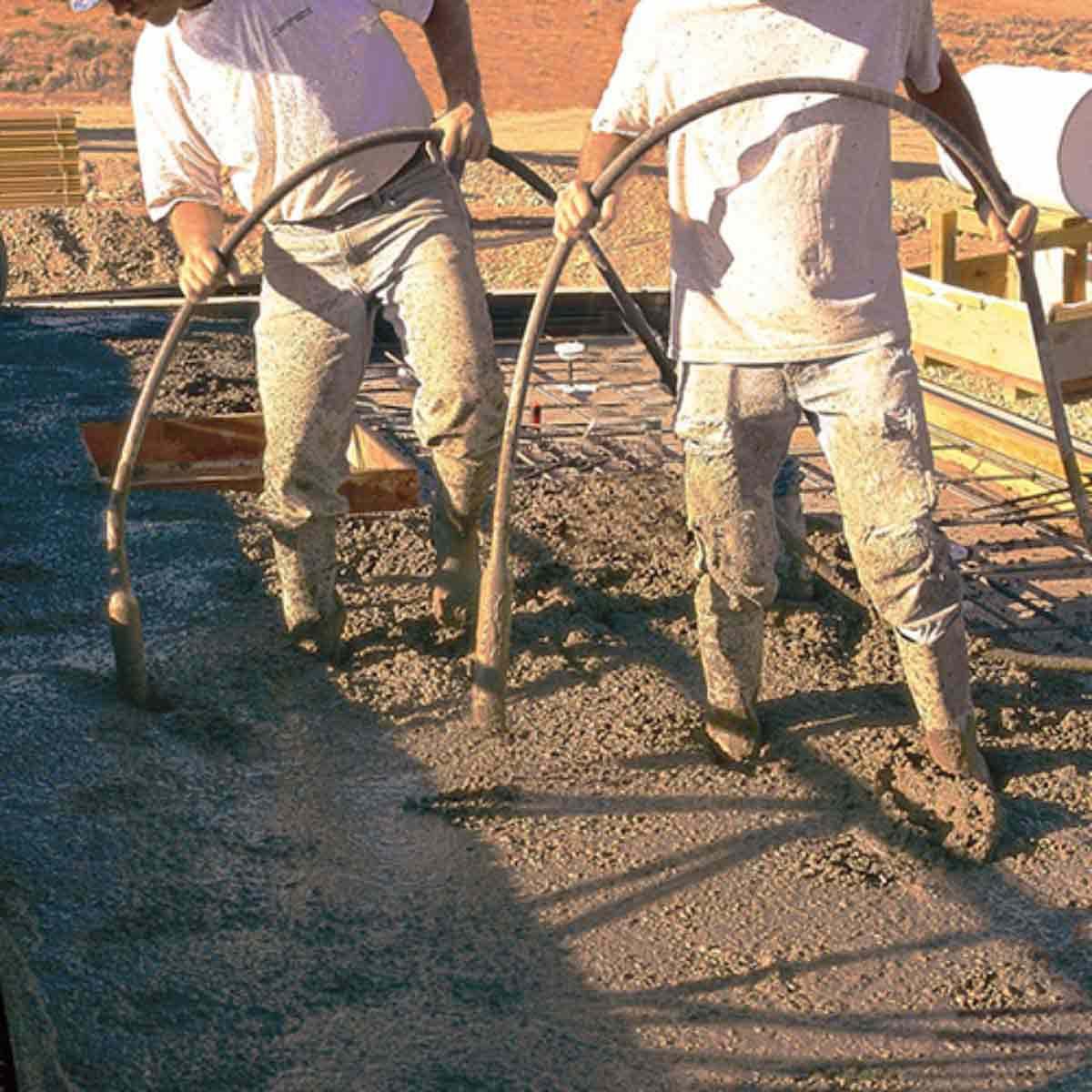 Multiquip Concrete vibrator action