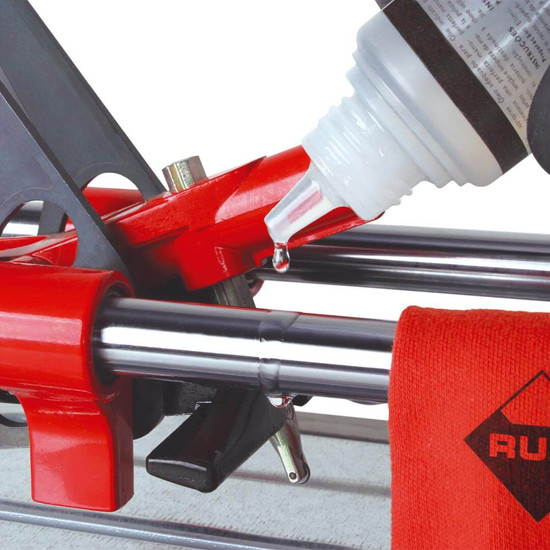 rubi tile cutter oil application