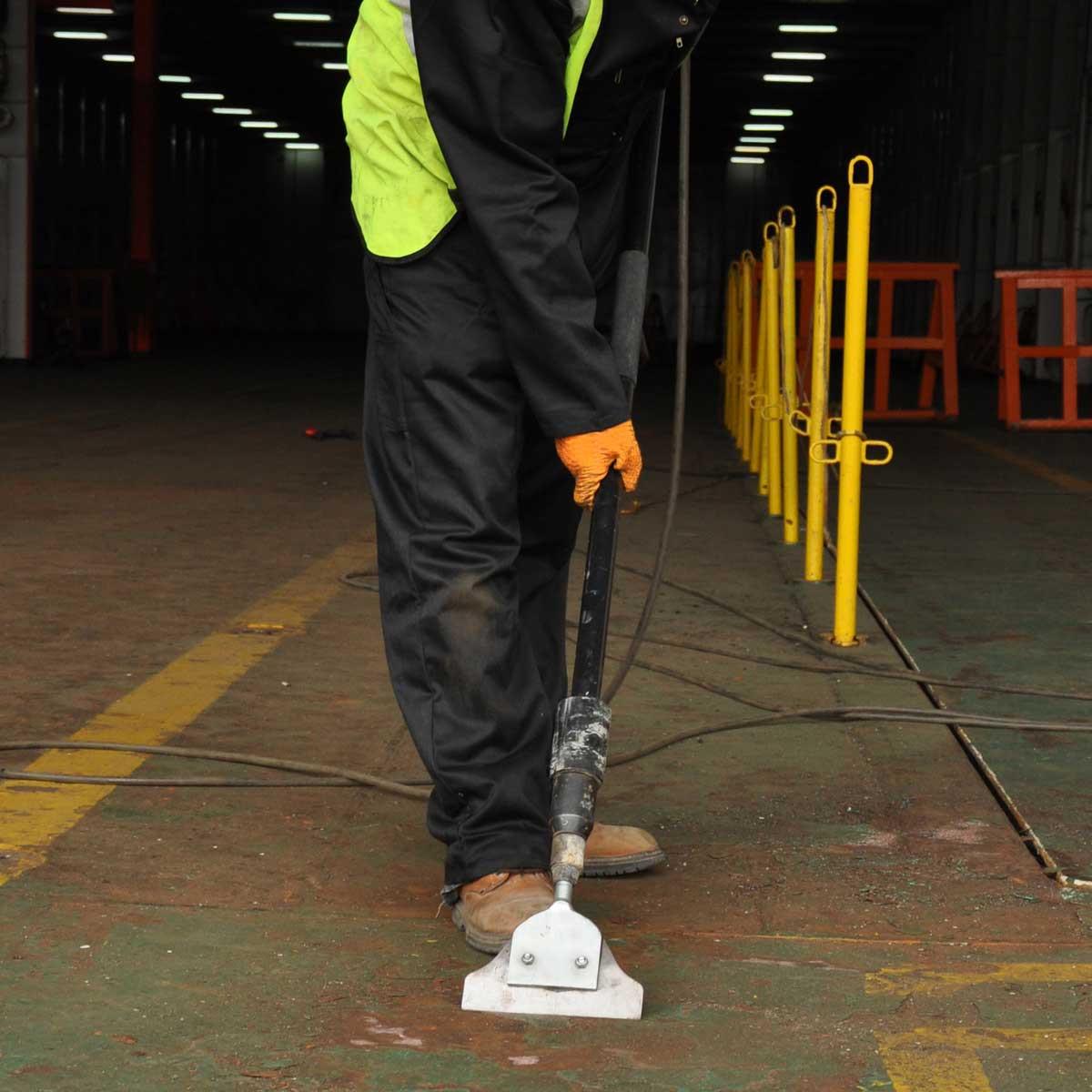 Trelawny Floor Scraper action