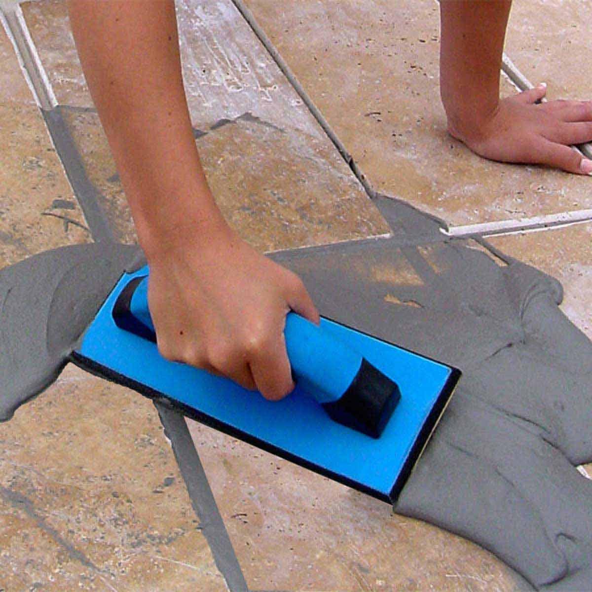 Gum Rubber Grout Float tile action