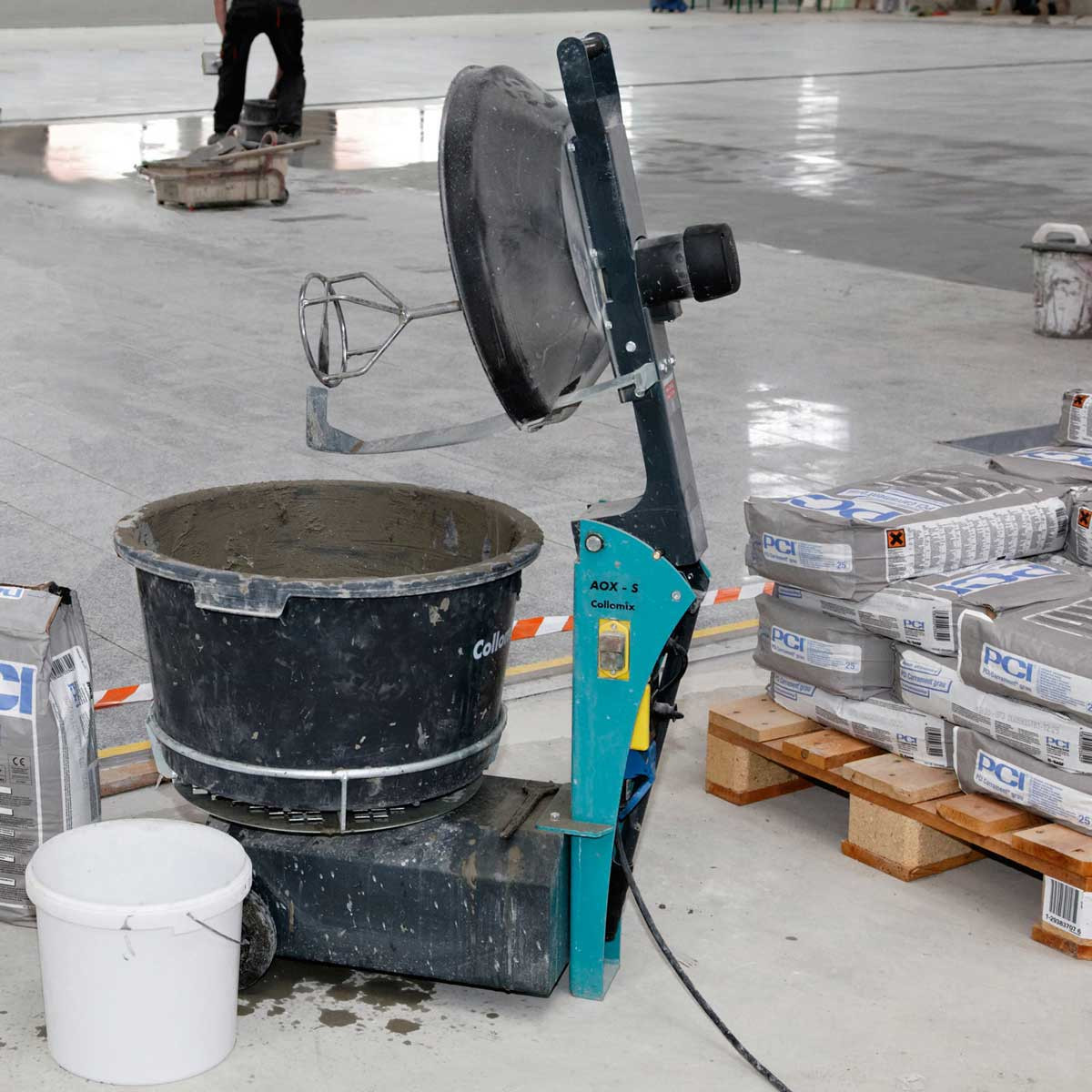 Collomix AOX-S bucket mixer open