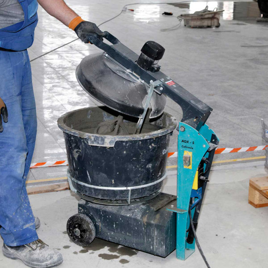 Mortar Mixer Mixes Adhesive