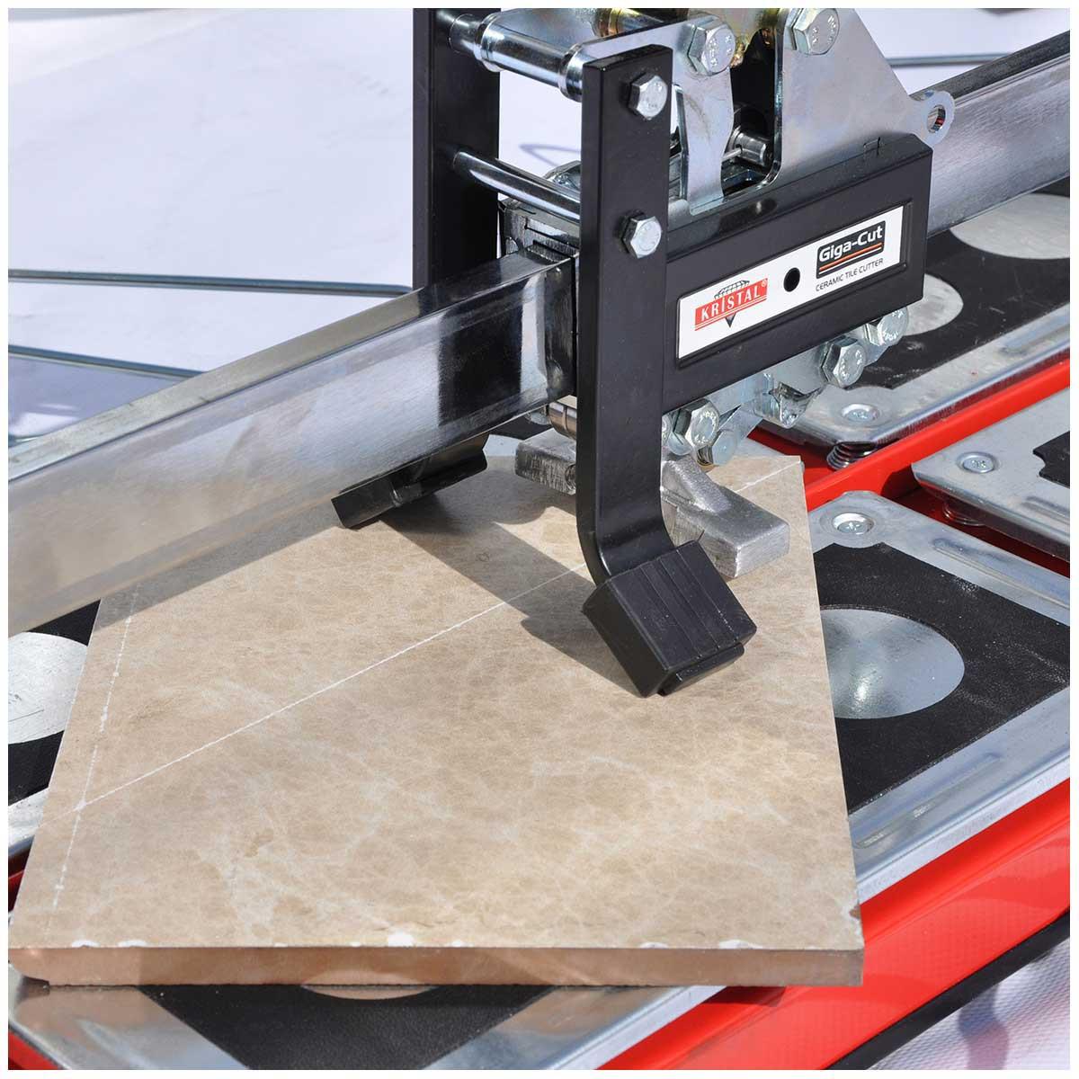 Kristal Giga-Cut Tile breaking