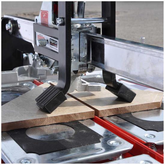 Kristal Giga-Cut breaker tile