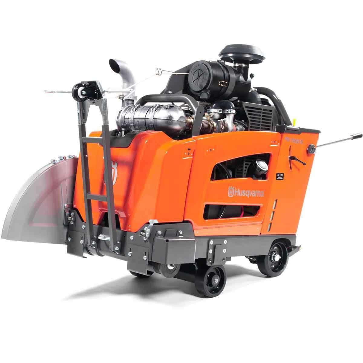 Husqvarna FS7000 asphalt saw