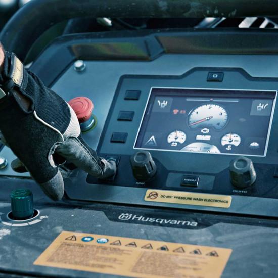 Husqvarna FS 7000 D Control Panel