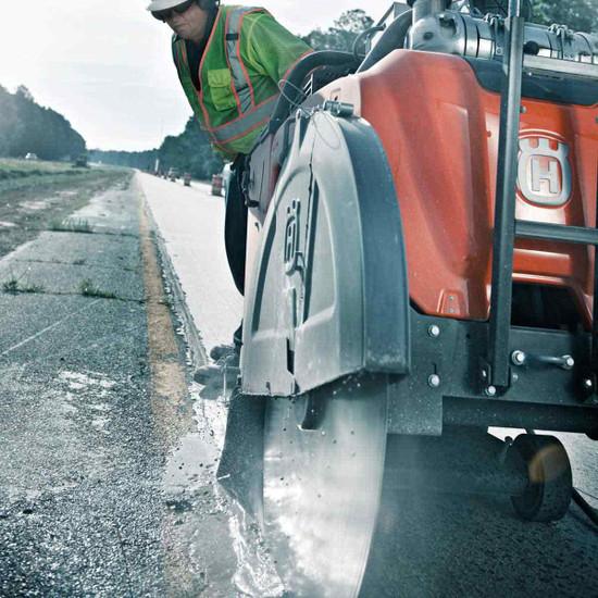 Husqvarna FS 7000 D Road Cutting Saw