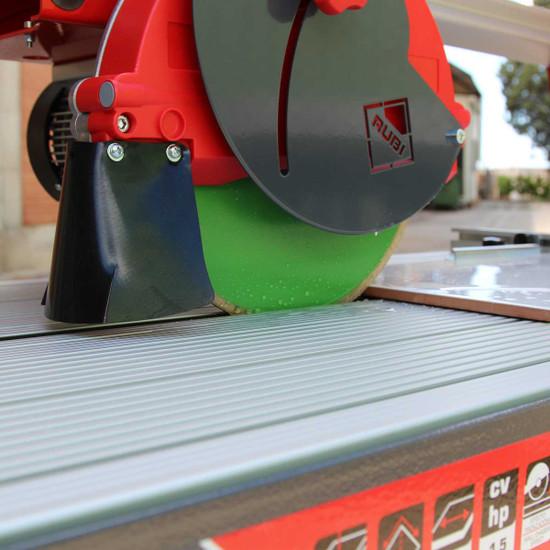 Rubi wet cutting rail saw with splash guard