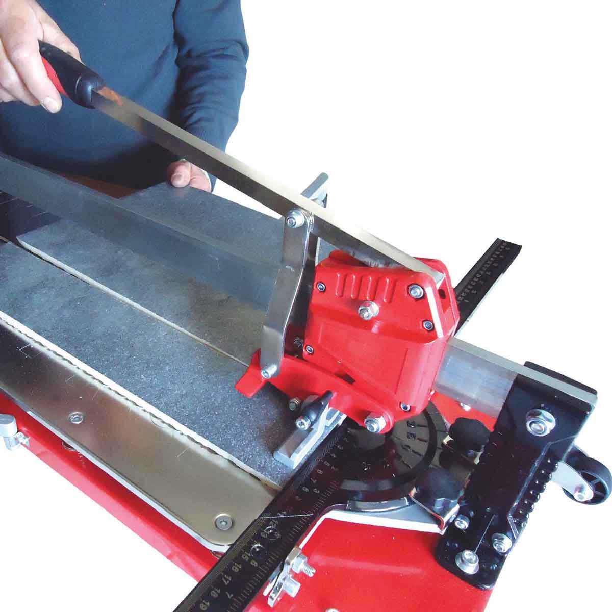 Tomecanic UltraPro tile cutter top