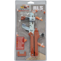Raimondi RLS use the traction adjustable pliers to insert the wedge into the leveling spacers
