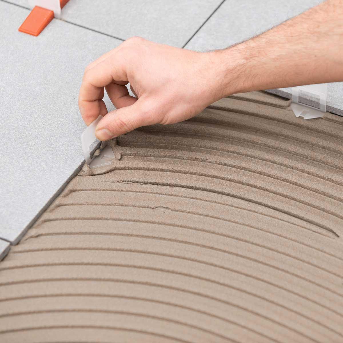 raimondi 1/16in large white clip installing with tile