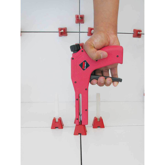 Wing Straps help eliminate lippage between ungauged tile with up to a 2mm difference