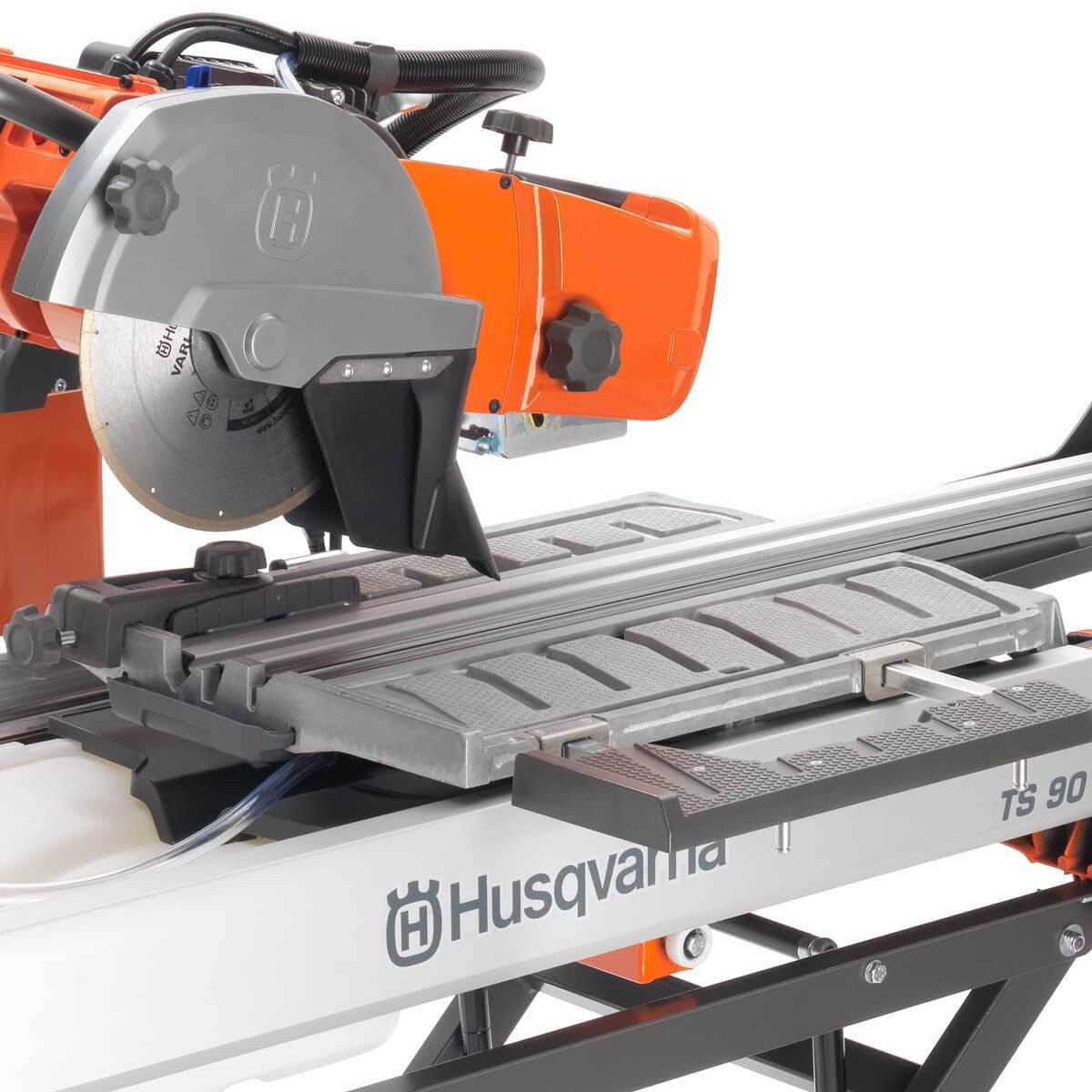 Husqvarna TS 90 Wet Tile Saw cutting table