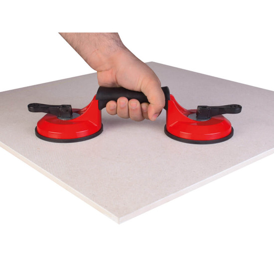 66900 Rubi Double Suction Cup Body made of highly resistant aluminium. With ergonomic handle for greater comfort