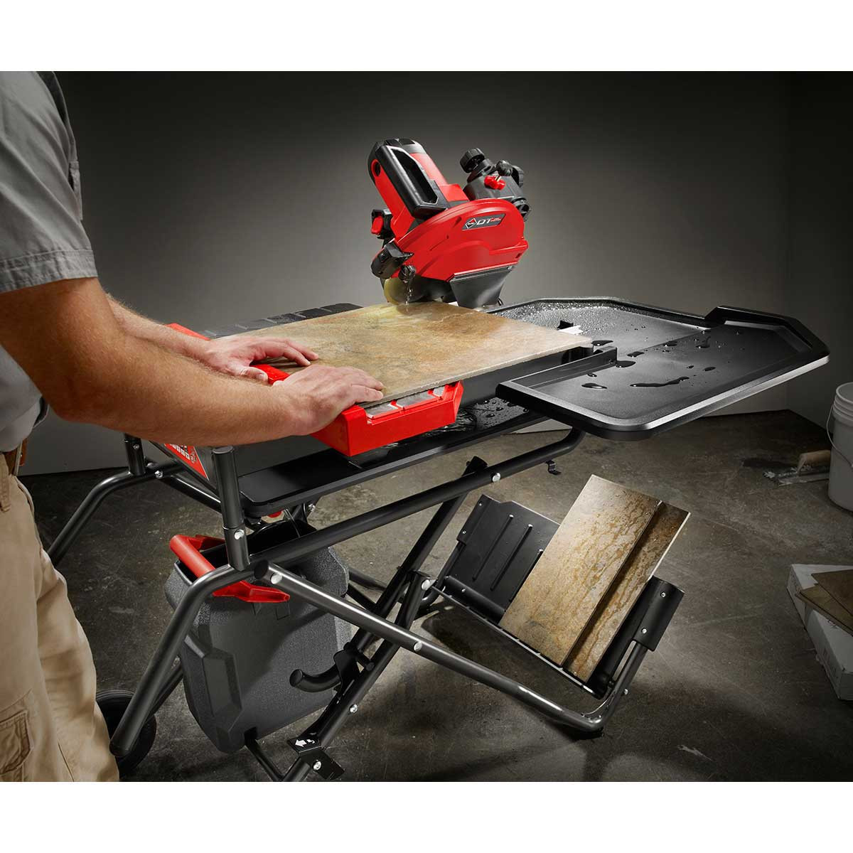 Cutting Tile with Rubi DT250