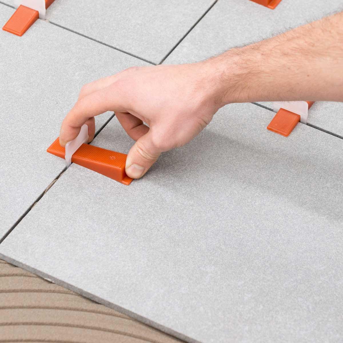 raimondi 5/32nd tile leveling system installing with wedge