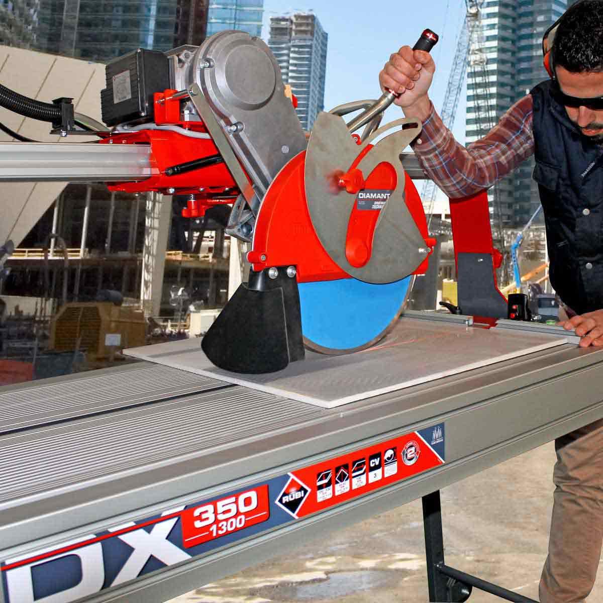 Rubi DX350 cutting using laser guide