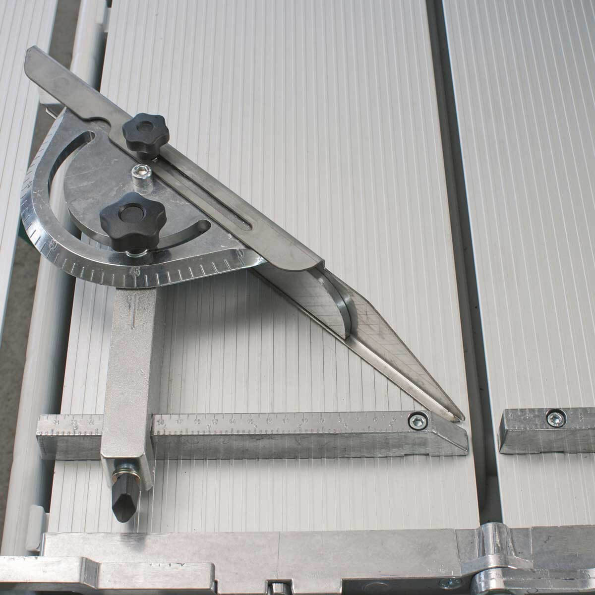 Imer rail saw protractor guide
