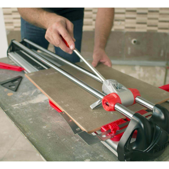 Rubi FAST cutting diagonally tile