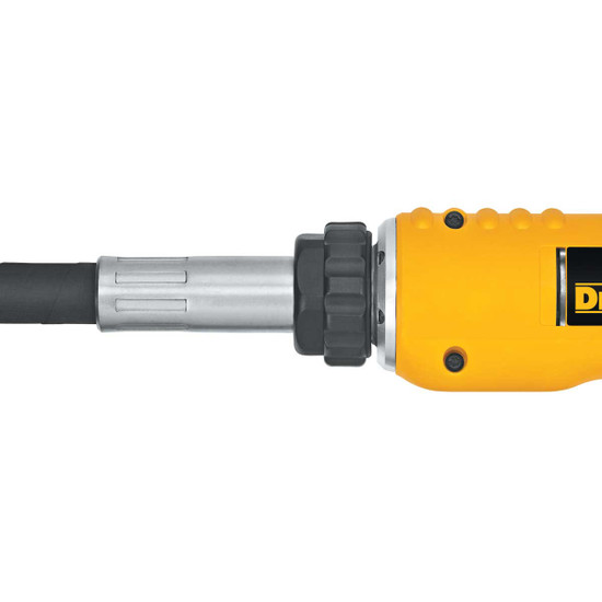 DC530B DeWalt 18V Cordless Concrete Vibrator shaft connection