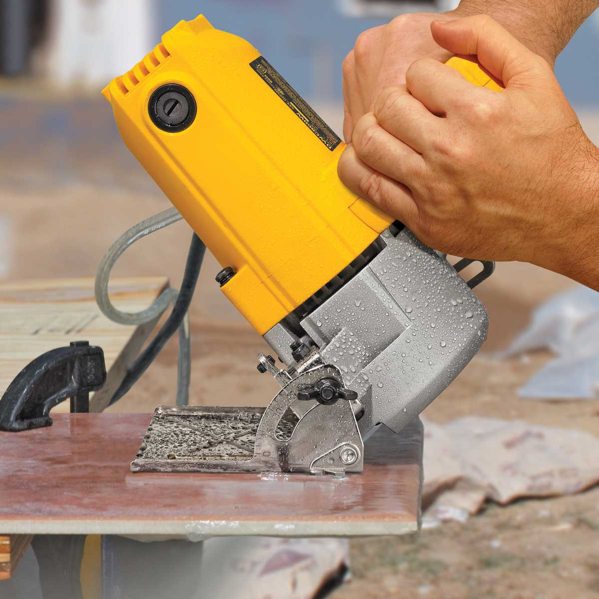 Dewalt DWC860W Heavy-Duty tile saw cutting on a 45