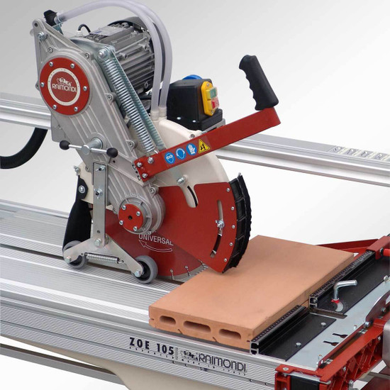 Raimondi Zipper Advanced Rail Saw cutting pavers