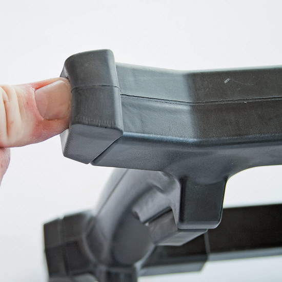 Eibenstock EHR 18S rubber bumpers on Handle corners to absorb impact from falls