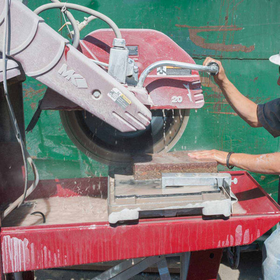 MK-5005 Masonry Saw Cutting Brick