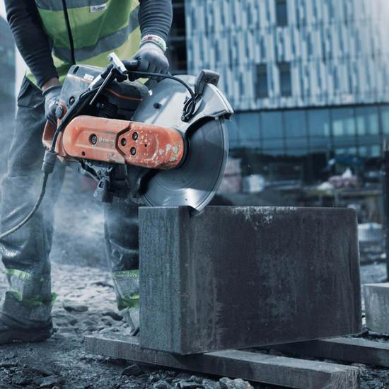 967682101 HUSQVARNA concrete cut