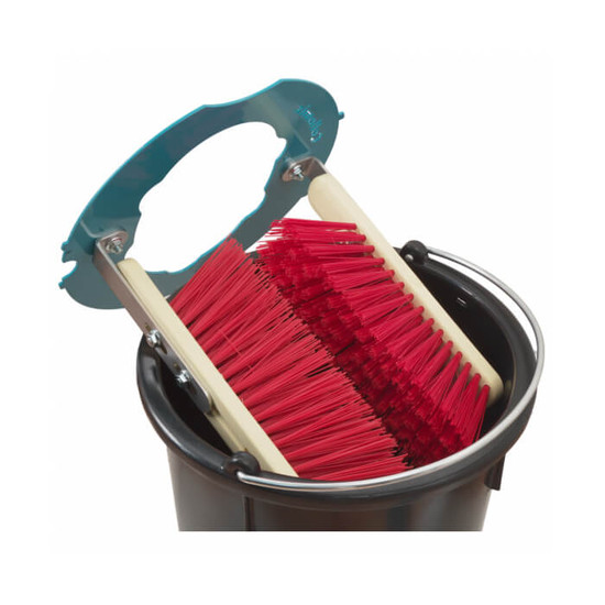 46002 Collomix 8 Gallon MixerClean Bucket All residual material will be thoroughly removed by the brushes