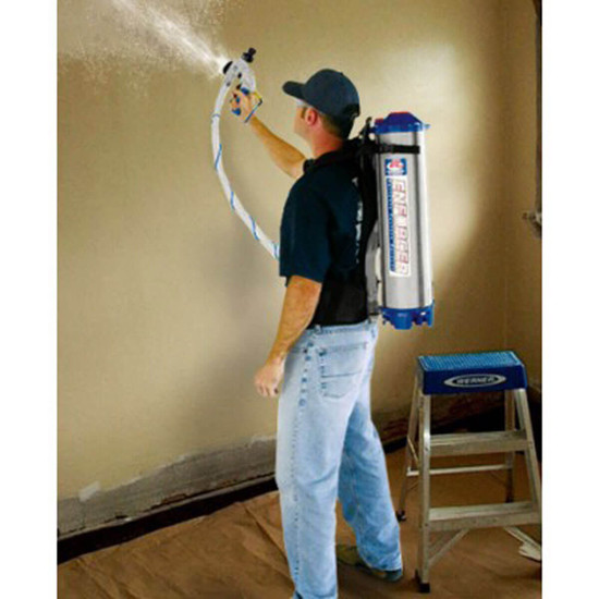 Enforcer E400 Spraying Textured Material on Walls