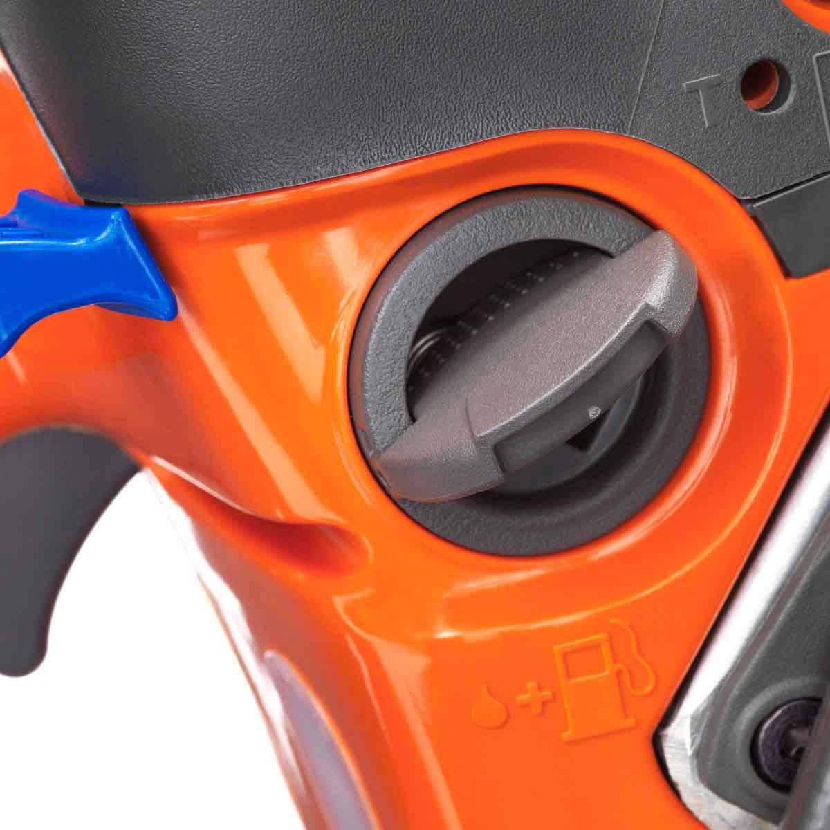two-stroke gas saw