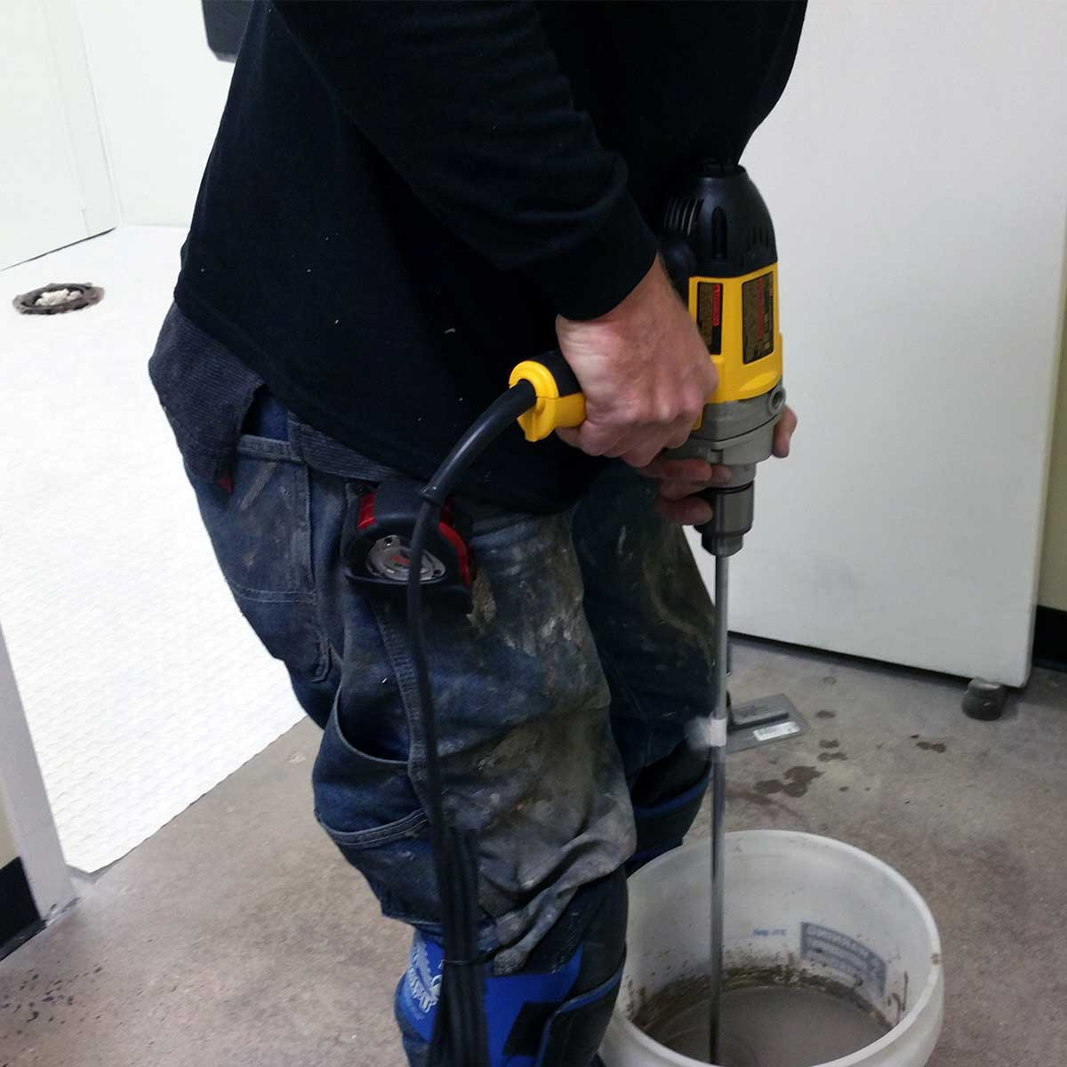 Dewalt variable speed drill mixing grout