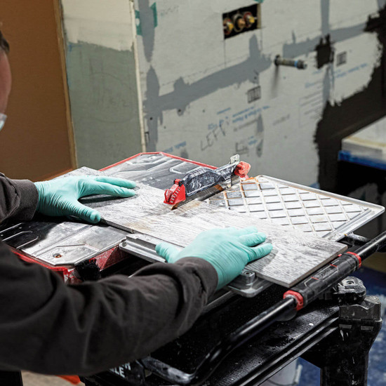Cutting Plank Tile with PCE980 Porter Cable Tile Saw